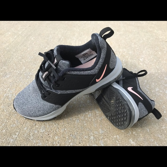 Nike Shoes - Nike Air Bella Tr Training Sneakers size 7